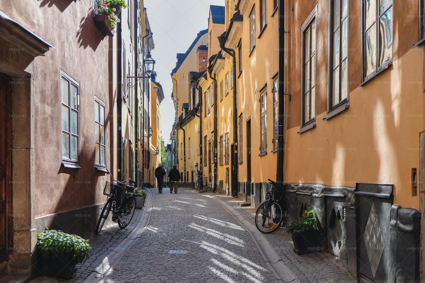 Narrow Old Street: Stock Photos