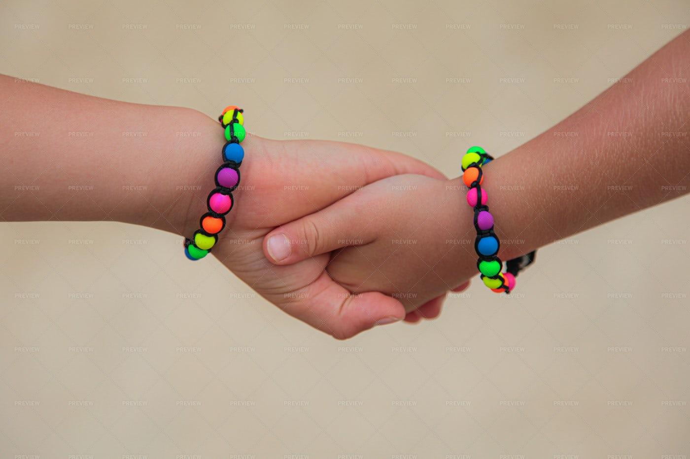 Children Holding  Hands: Stock Photos