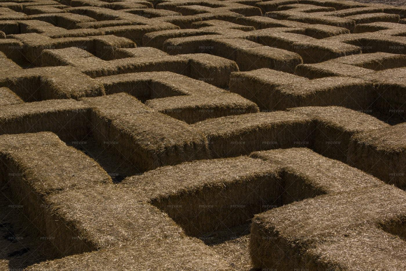 Straw Bales Labyrinth: Stock Photos