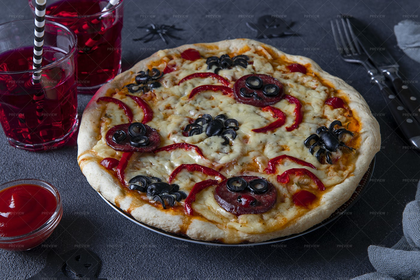 Halloween Pizza With Spiders: Stock Photos