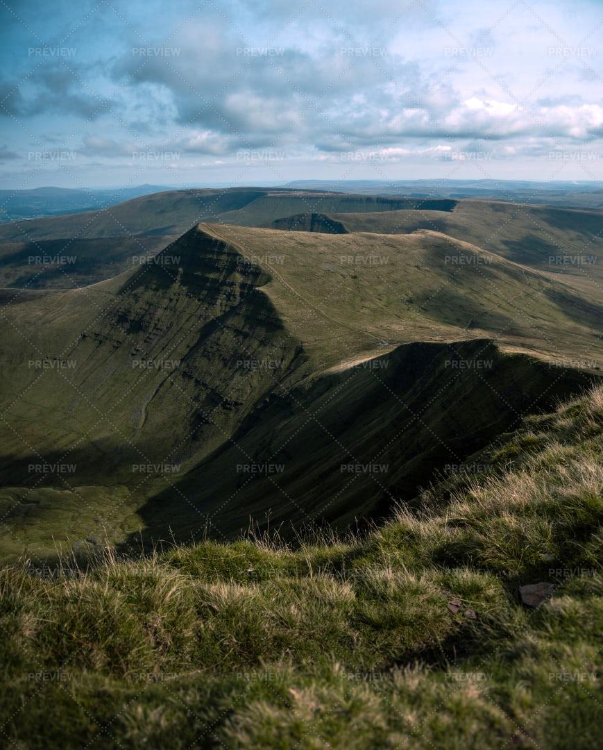 Brecon Beacons Mountain Peak: Stock Photos