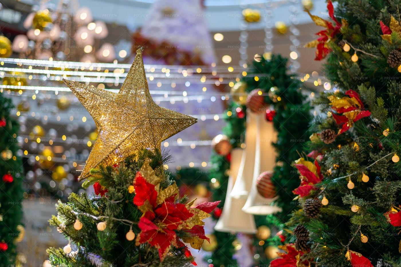 Shopping Mall Christmas Display: Stock Photos