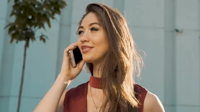 Sexy Girl Talking On Smartphone: Stock Video