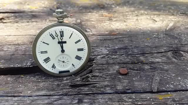 Pocket Clock On Wood: Stock Video