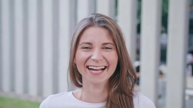 Laughing Woman: Stock Video