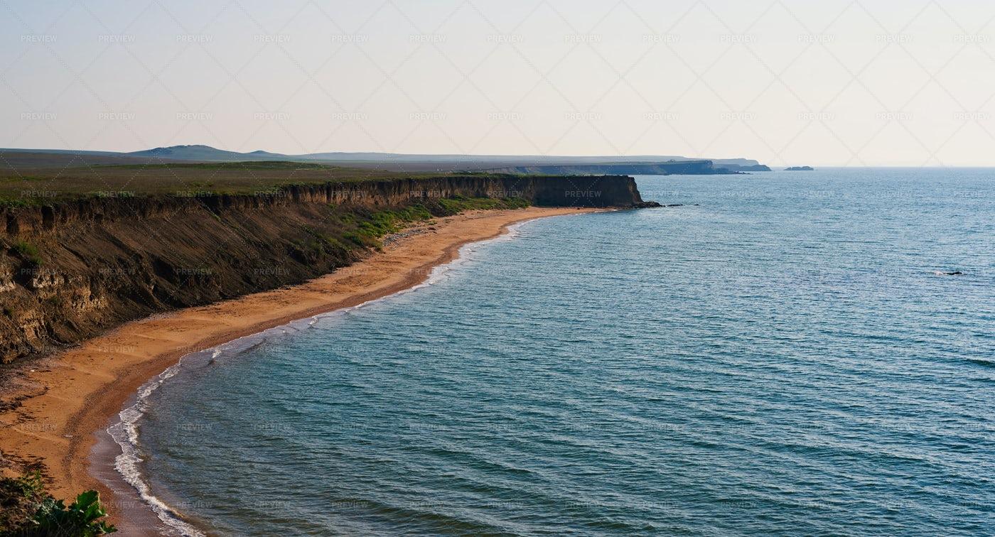 Deserted Ocean Shore: Stock Photos