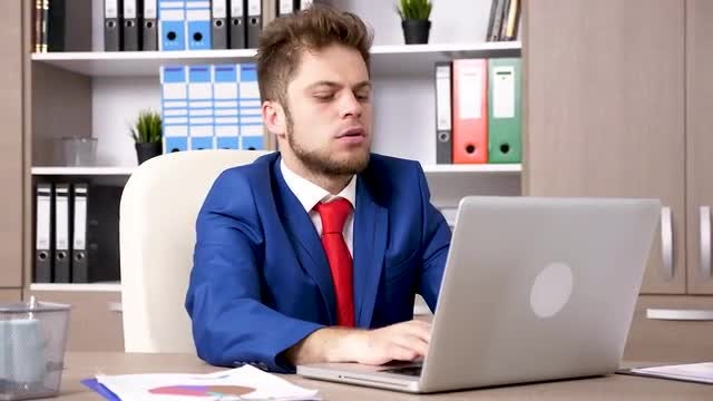Businessman At The Workplace: Stock Video