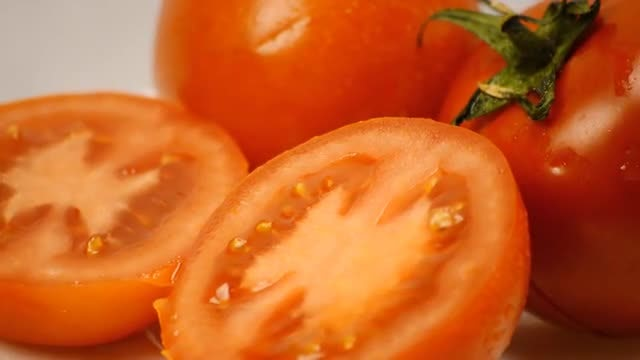 Tomatoes Display: Stock Video