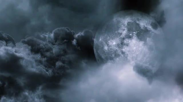 Night Sky And Moon Closeup : Stock Motion Graphics