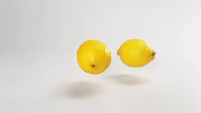 Lemons Falling And Bouncing: Stock Video