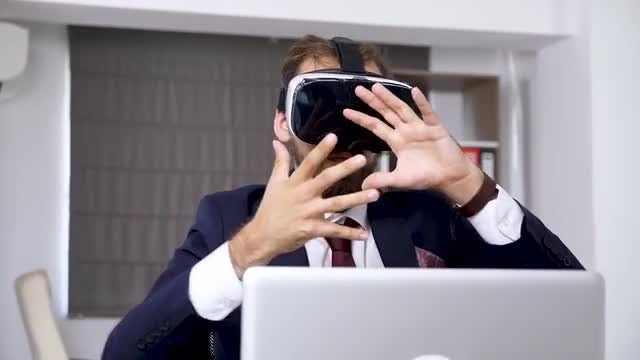 Man Using Virtual Reality Headset: Stock Video