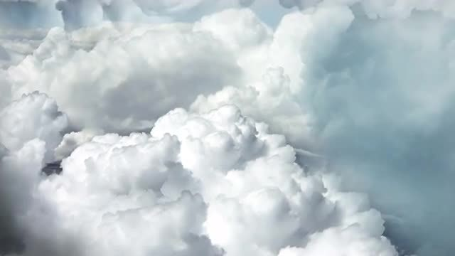 Cloudy Sky Background: Stock Motion Graphics