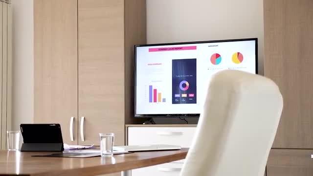 Revealing Shot Of Empty Boardroom: Stock Video