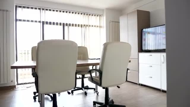 Empty Executive Meeting Room: Stock Video