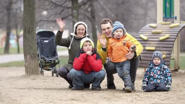 Family of Five Happily Waving: Stock Video