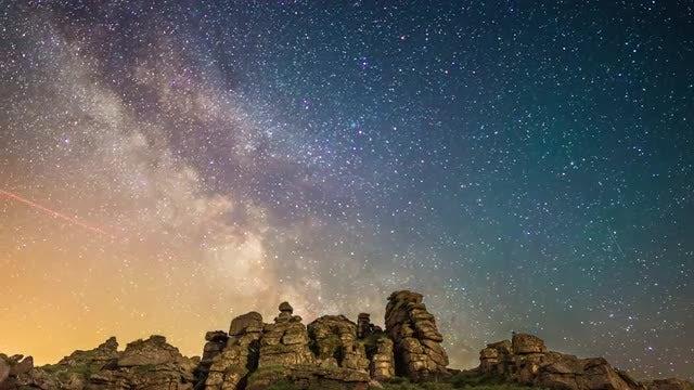 Milky Way Over Dartmoor National Park: Stock Video