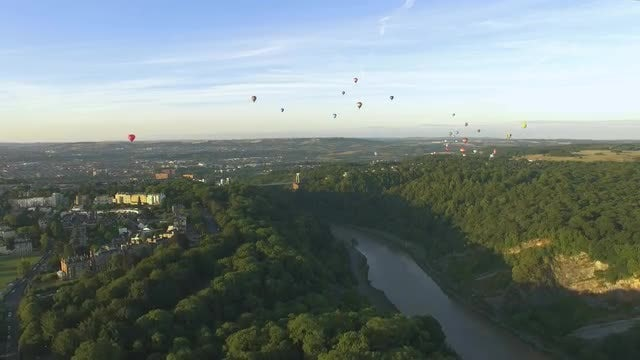 Hot Air Balloons Over Bristol: Stock Video