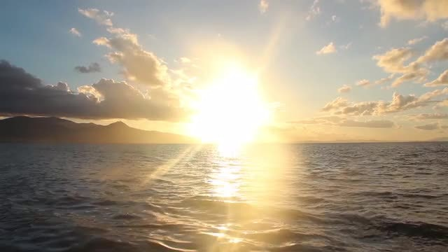 Sea And Sunlight: Stock Video