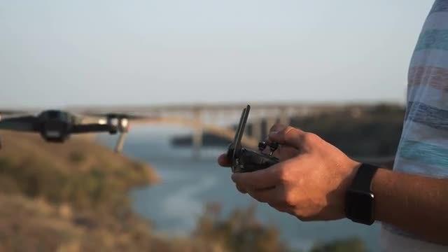 Man Control Drone: Stock Video