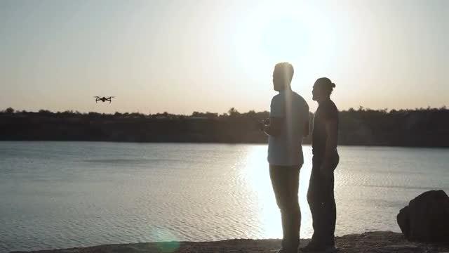 Men Controls Drone: Stock Video