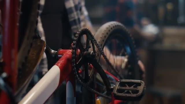 Repairing Bicycle Chain: Stock Video