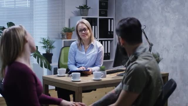 Marriage Counseling: Stock Video