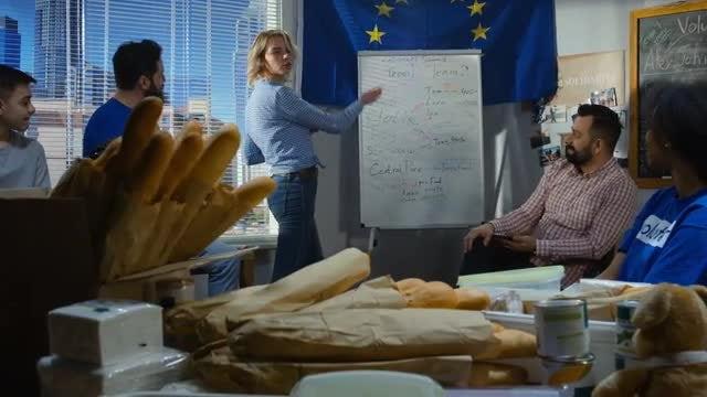 Food Drive Meeting: Stock Video