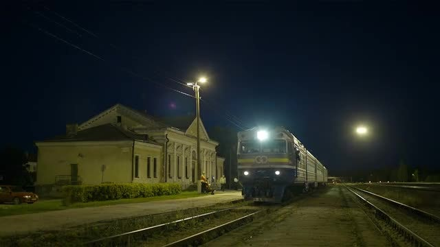Train Arrives At Rural Station: Stock Video