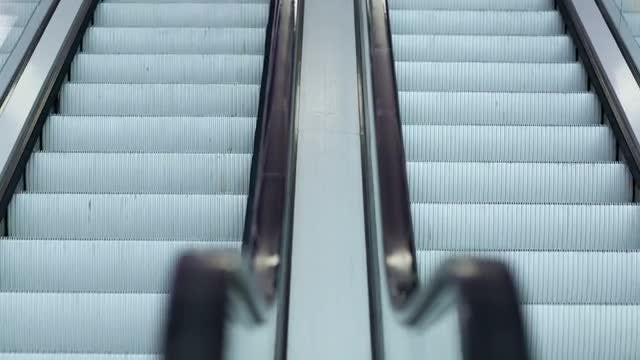 Escalators Going Up And Down: Stock Video