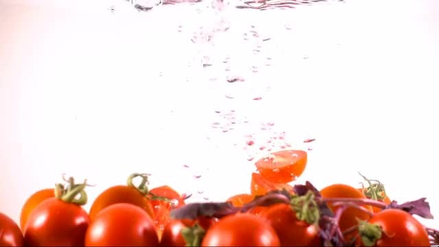 Tomato In Water: Stock Video
