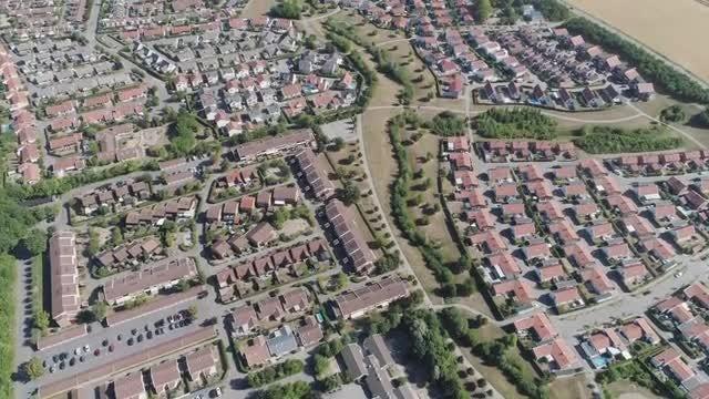 Suburban Neighborhood: Stock Video