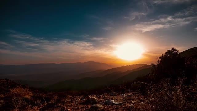 Sunset Over California Desert: Stock Video