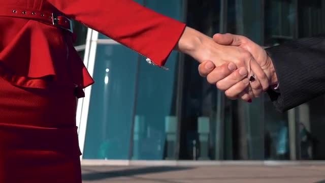 Business People Shaking Hands: Stock Video
