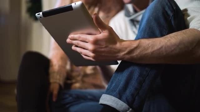 Man Holding A Digital Tablet: Stock Video