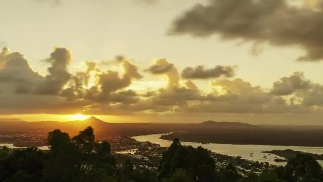 Gold And Silver Stunning Sunset: Stock Video