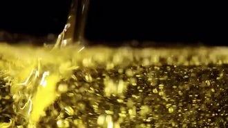 Oil 01: Stock Video
