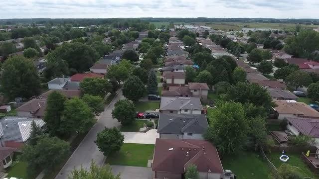 Flying Over Neighborhood In Summer: Stock Video