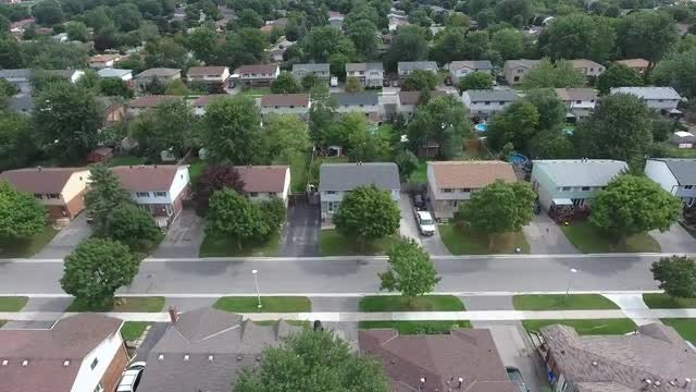 Aerial Shot Away From Neighborhood: Stock Video