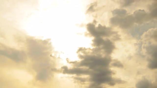 Sun Through Clouds: Stock Video