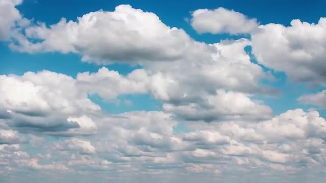 Light Clouds: Stock Video