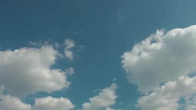 White Rain Clouds Moving Slowly: Stock Video