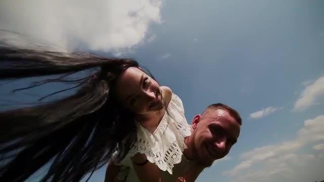 Couple Having Fun: Stock Video