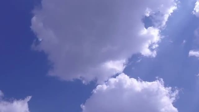 Time Lapse Of Soft Clouds: Stock Video