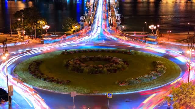 Adam Clark Square In Budapest: Stock Video