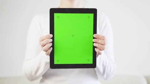 Green Screen Tablet PC Closeup: Stock Video