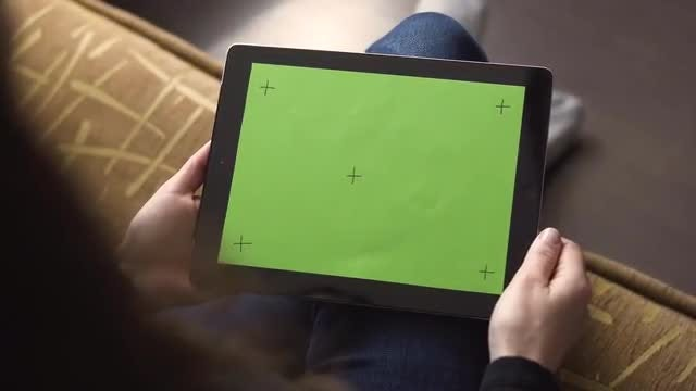 Girl Holding Tablet with Markers: Stock Video