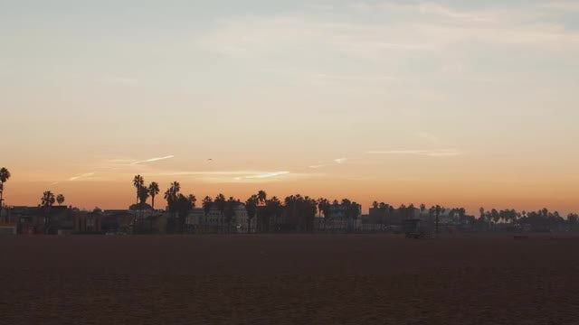 Venice Beach Los Angeles at Sunrise: Stock Video
