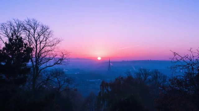 Ethereal Sunrise Over Bristol: Stock Video