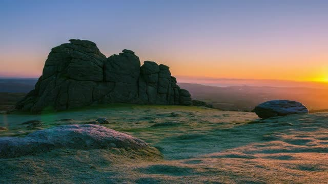 Haytor Rocks Sunrise: Stock Video