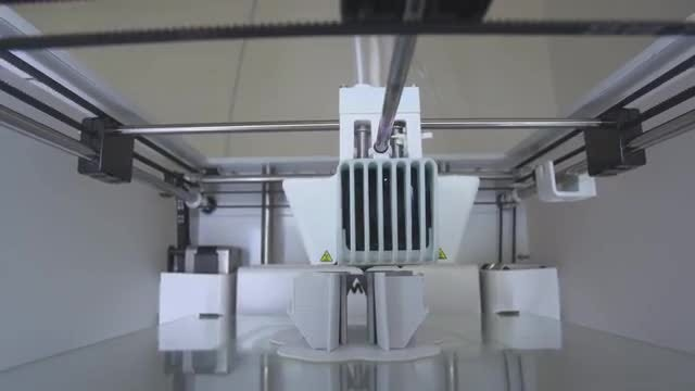 Large Format 3D Printer: Stock Video